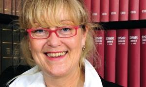 Dipl.-Betriebswirtin Karin Kinnart